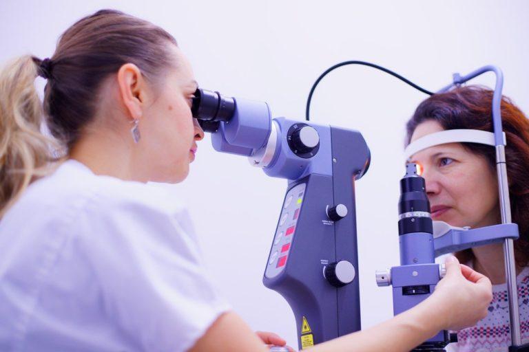 eye care, eye consult, doctor